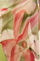 Палантин из натурального шелка «Брусничный микс» (батик, ручная роспись)
