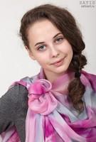 Эксклюзивный палантин батик «Благородная фуксия» (шелк, ручная работа)