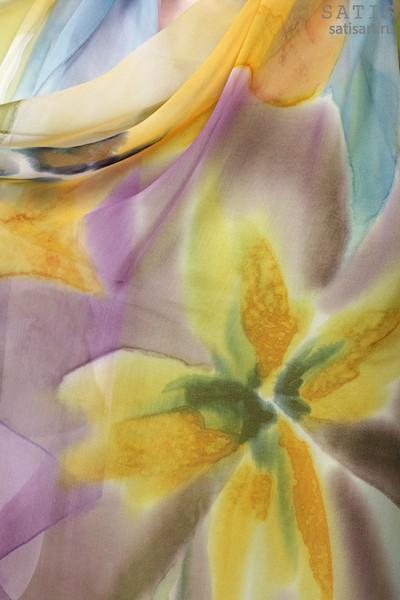 Палантин из натурального шелка «Ливадия» (батик, ручная роспись)