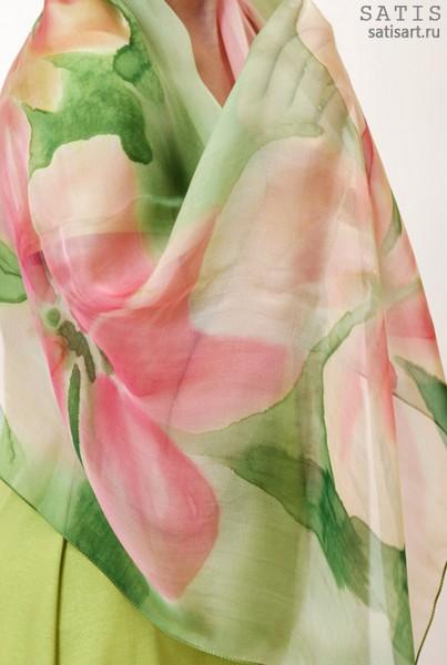 Палантин из натурального шелка «Розовая нежность» (батик, ручная роспись)