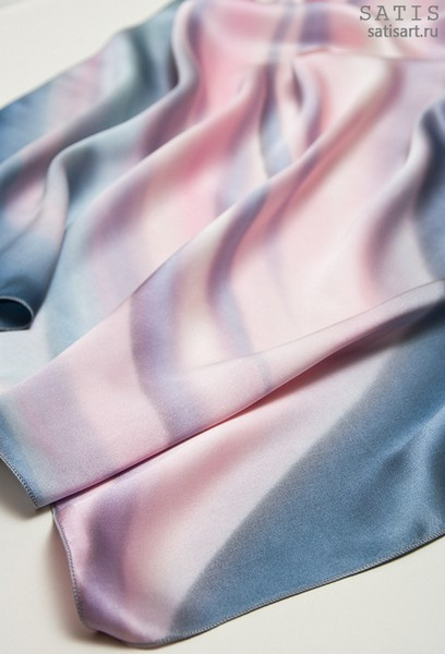Платок из натурального шелка «Классический розовый» (батик, ручная роспись)