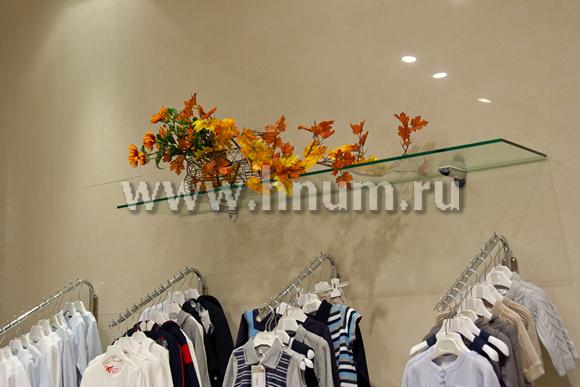 Оформление и дизайн магазина одежды