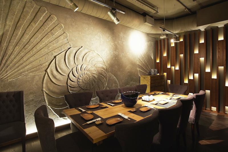 Декоративные рельефные панно в интерьерах ресторана японской кухни - рельефные панно на заказ - художественная мастерская БМ ХНУМ