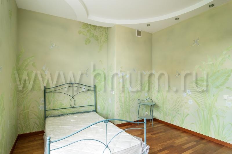 Художественная декоративная роспись стен в детской комнате на природную тему в квартире - на заказ - художественная мастерская БМ ХНУМ