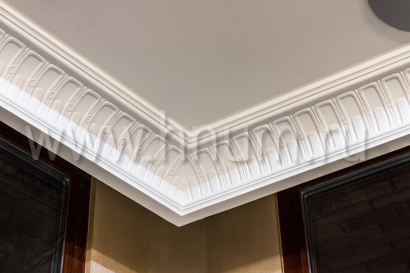 Дизайнерская лепнина на потолке в интерьерах квартиры в Москве - на заказ - лепная мастерская БМ ХНУМ