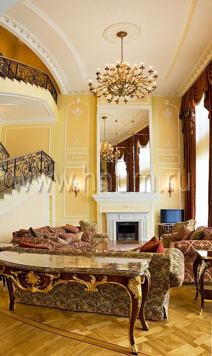 Лепнина в классическом стиле в интерьере элитного пентхауса - на заказ - лепная мастерская БМ ХНУМ