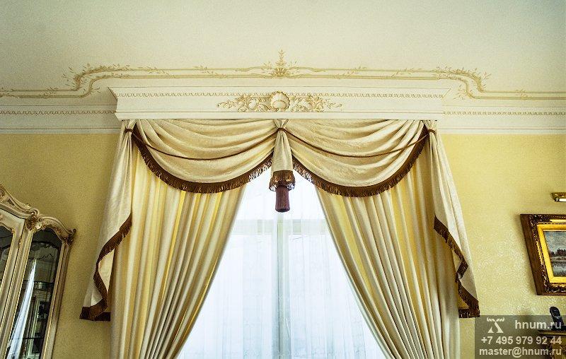 Лепнина в классическом барочном стиле с декоративной росписью в интерьере квартиры в Москве - на заказ - лепная мастерская БМ ХНУМ