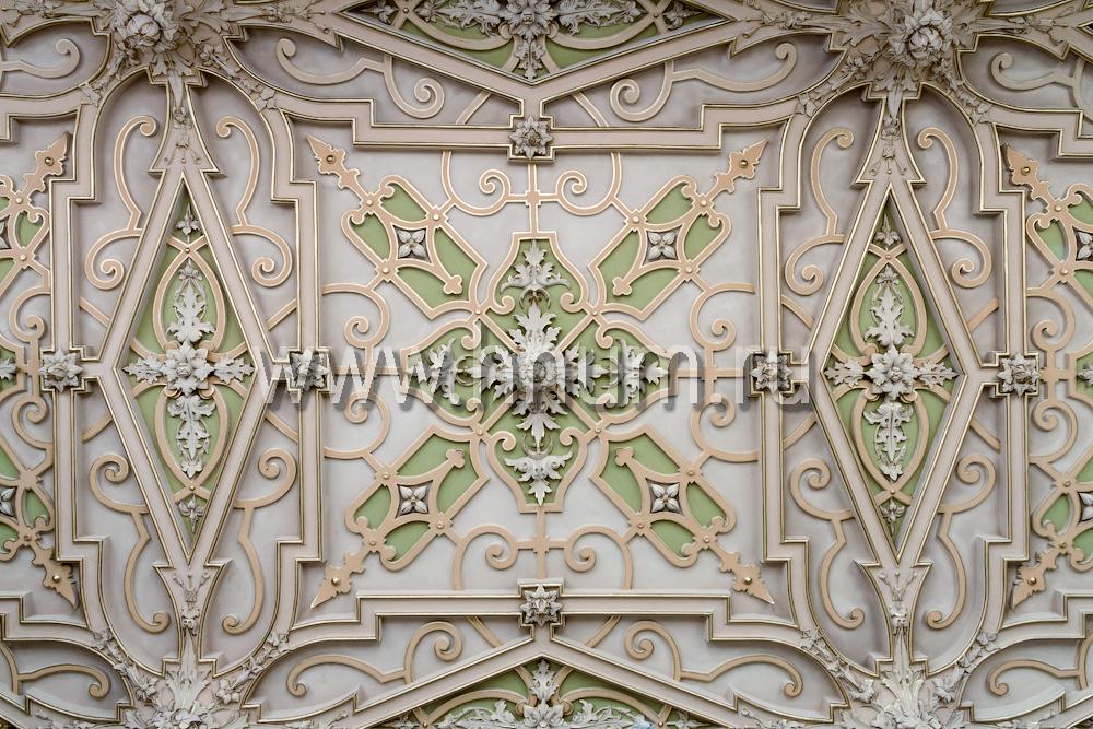 Реставрация лепного декора на потолке в историческом интерьере в Санкт-Петербурге - на заказ - лепная мастерская БМ ХНУМ
