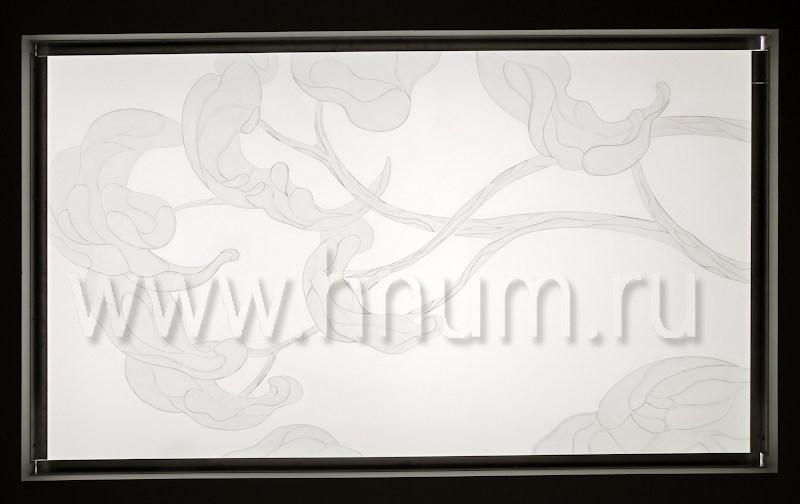Декоративное объёмное пескоструйное матирование стекла потолочного плафона и зеркала в холле квартиры - изготовление на заказ - витражная мастерская БМ ХНУМ