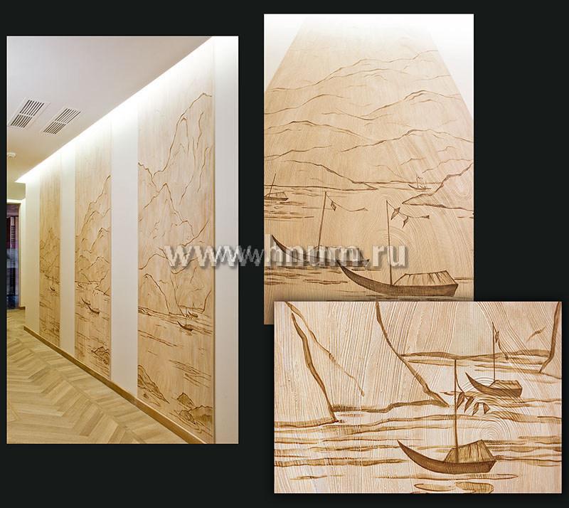 Художественно-декоративное панно с декоративными штукатурками и росписью в японском стиле в интерьере частной квартиры