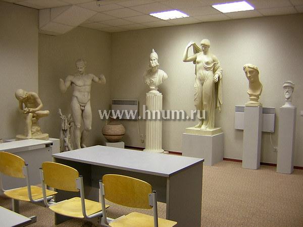 Интерьерные скульптуры для учебных аудиторий Российского университета дружбы народов (РУДН)