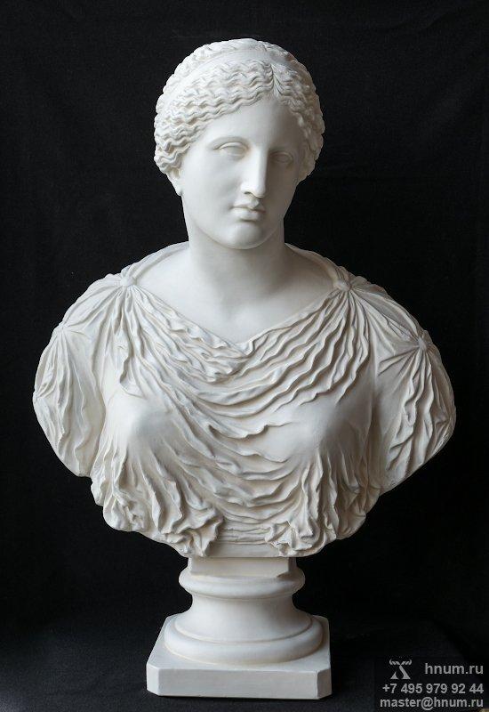 Интерьерная скульптура Венера в одеждах (бюст) - купить в интернет магазине интерьерной скульптуры ХНУМ
