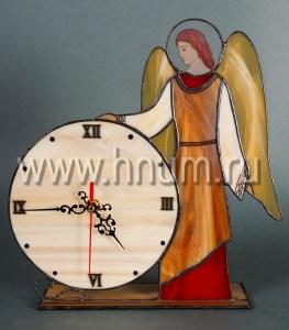 Часы с ангелами