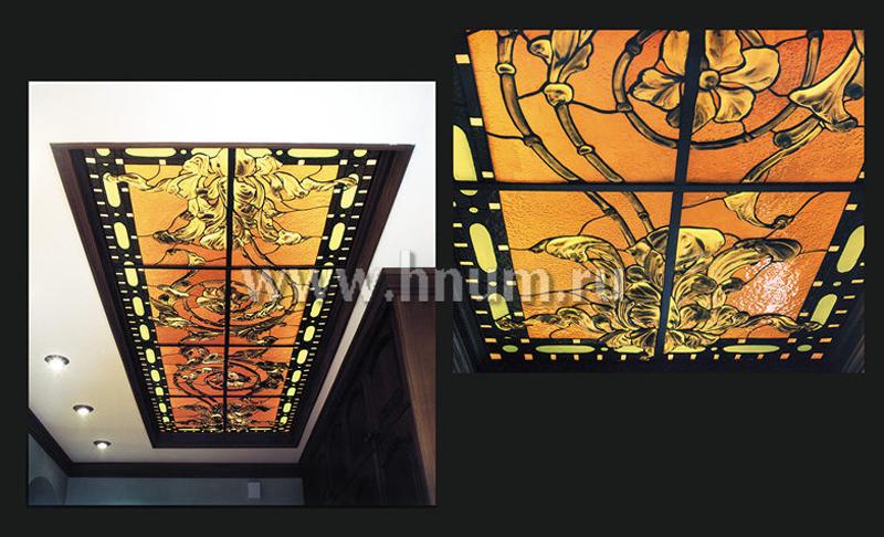 Витражные потолочные плафоны в парадном коридоре в квартире - изготовление витражных потолков на заказ