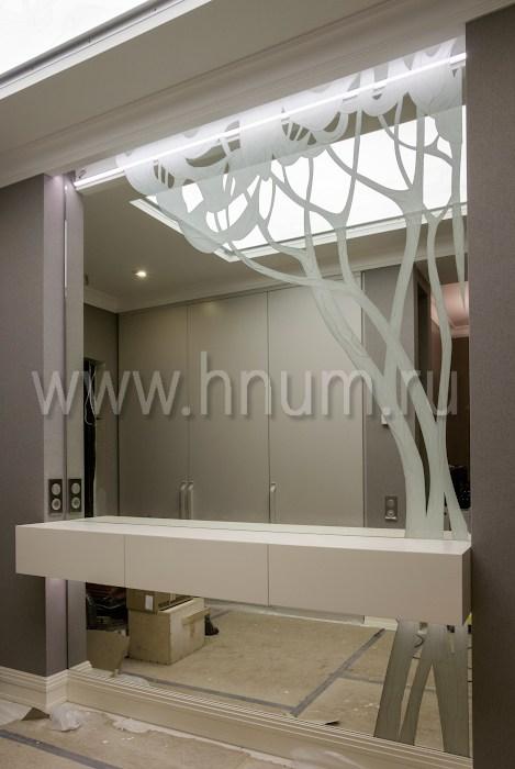 Зеркало с декоративное пескоструйной обработкой - изготовление на заказ - витражная мастерская БМ ХНУМ